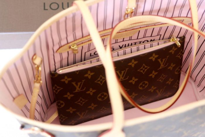 aadd4912470 Louis Vuitton Neverfull Monogram Rose Ballerine - Vikky Anna
